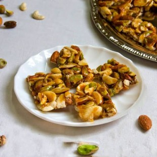 Dry Fruits Chikki 450 gm